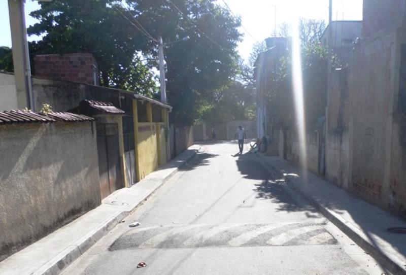 Rio-Águas reurbaniza ruas em Guaratiba
