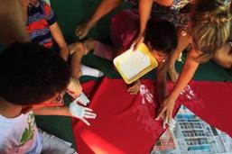 Cidade das Artes recebe exposição com obras de crianças com necessidades especiais