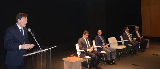 Prefeito mostra projetos a empresários árabes interessados em investir no Rio