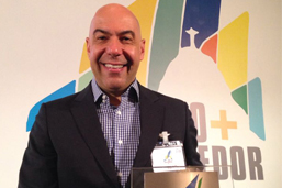 Presidente da Riotur recebe prêmio de turismo