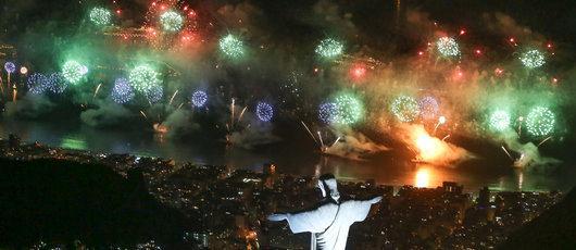 Réveillon de Copacabana recebe público record de 2,4 milhões de pessoas