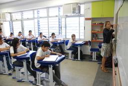 Procon Carioca dá dicas para matrícula e compra de material escolar