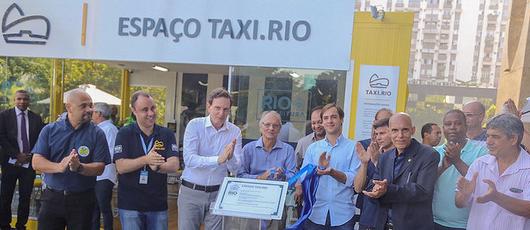 Prefeitura inaugura Espaço TAXI.RIO