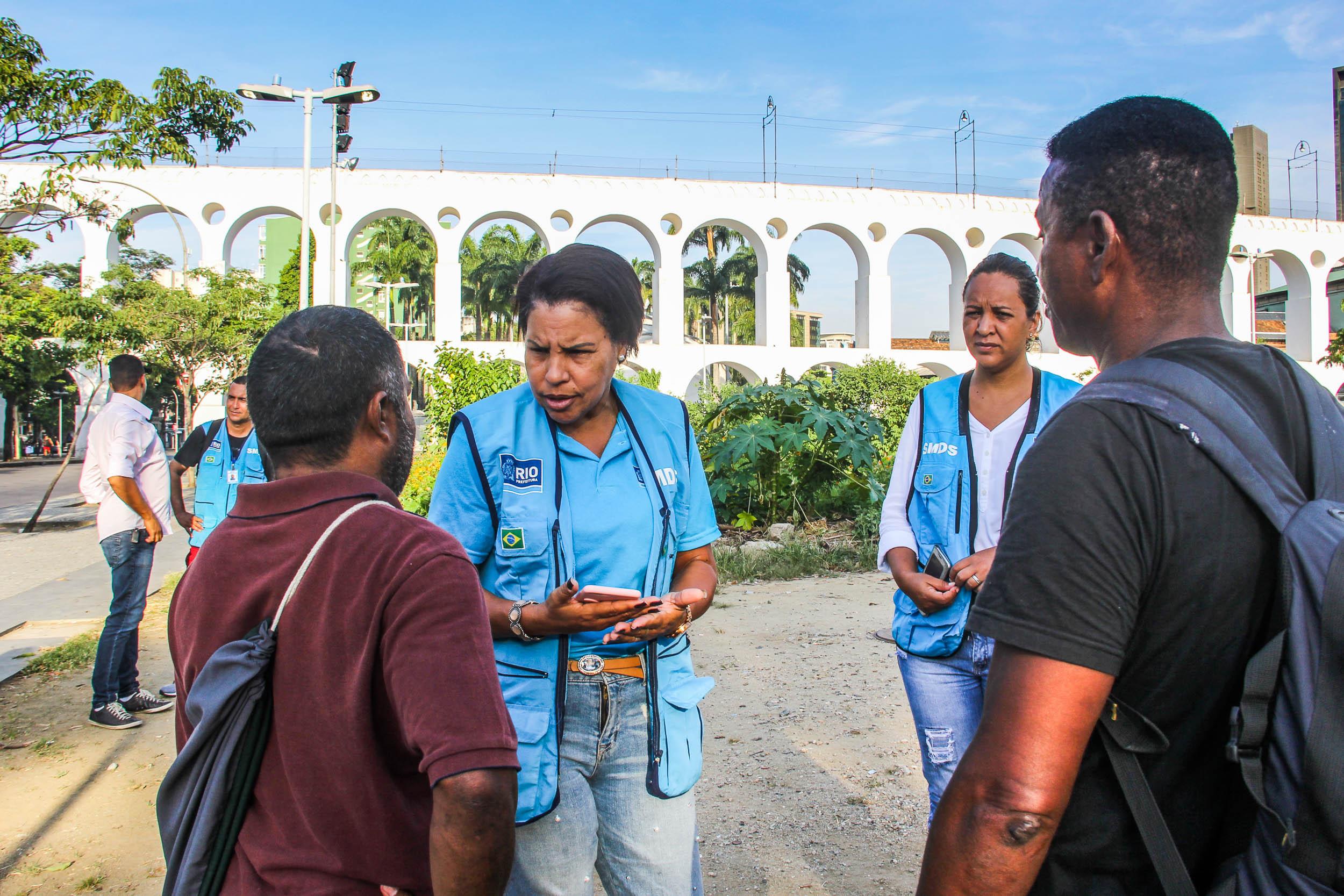 """""""Somos todos cariocas"""" levanta número de pessoas em situação de rua no município"""
