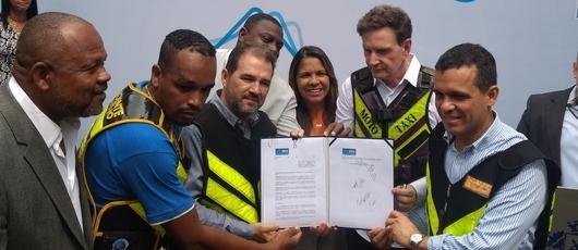 Prefeitura regulamenta a profissão de mototaxista na cidade do Rio de Janeiro