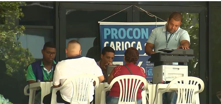 Ação promovida pelo Procon Carioca termina em 390 mil reais em descontos da Caixa