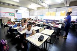 Prefeito visita escola municipal em Paciência e anuncia reforma de R$ 1,5 milhão