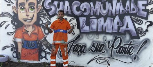ComlurbMais coleta 13 toneladas de lixo no Jacarezinho e faz intervenção artística em área degradada