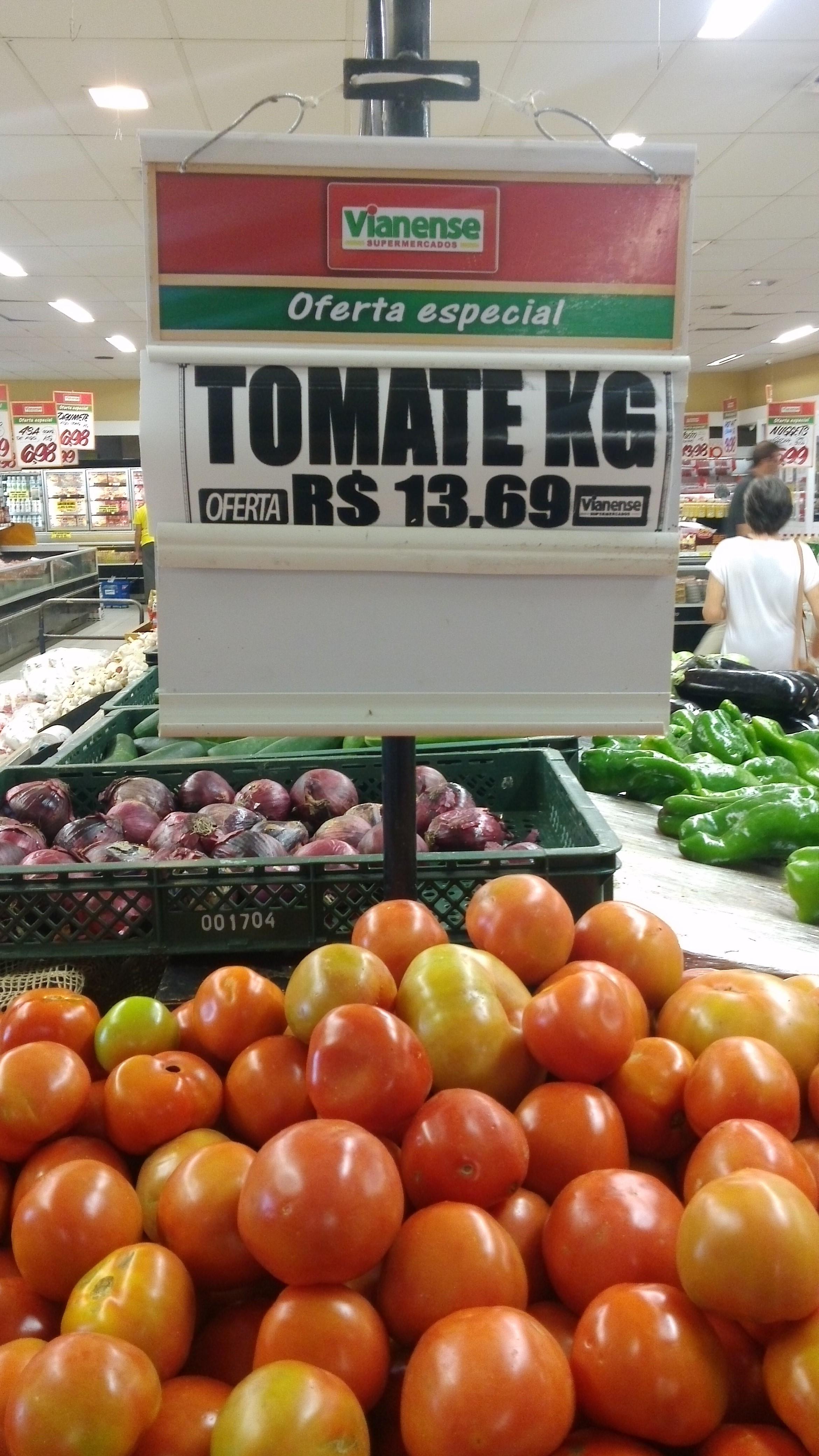 Procon Carioca orienta consumidores  a denunciarem alimentos impróprios por conta da greve
