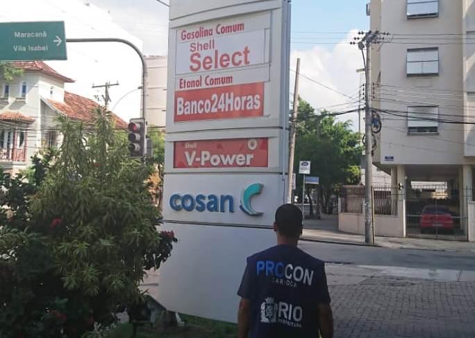 Procon Carioca fiscaliza redução do diesel e preços abusivos