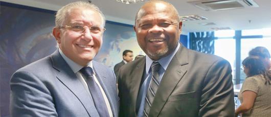 João Mendes se encontra com ministro do Desenvolvimento Social em busca de recursos