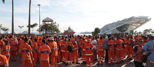 Comlurb remove 257 toneladas de lixo nas comunidades da Zona Portuária em três dias