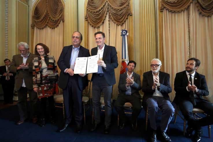 Prefeitura e Estado fecham acordo para revitalizar a Central do Brasil