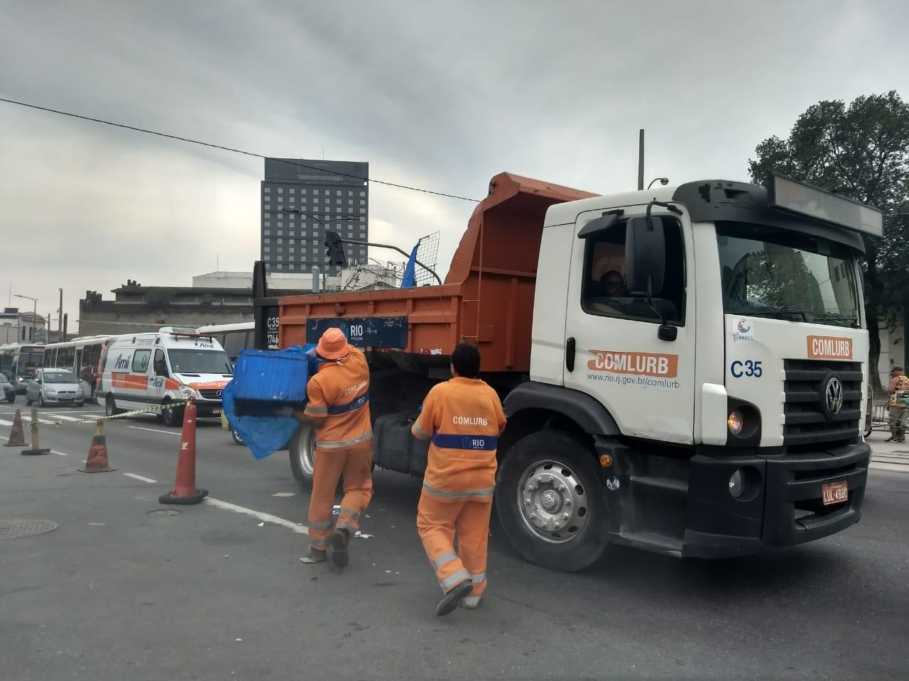 Seop faz operação de ordenamento urbano no entorno da Rodoviária Novo Rio