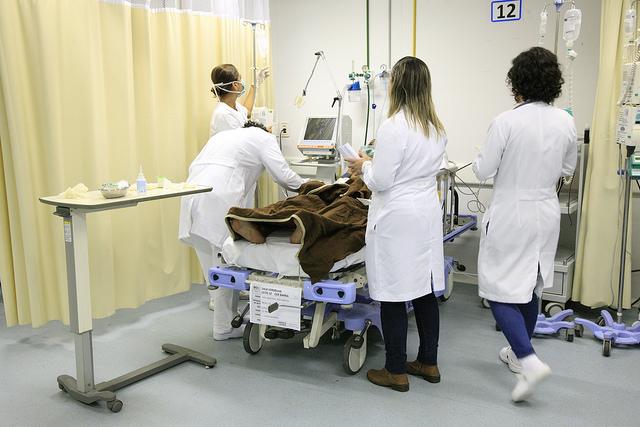 Prefeito autoriza a convocação de 179 médicos aprovados em concurso