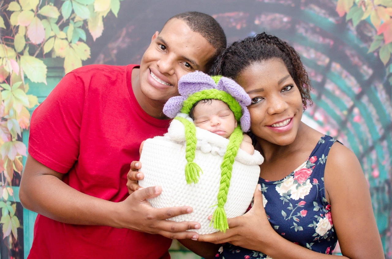 Nasce a primeira bebê do projeto GMãe