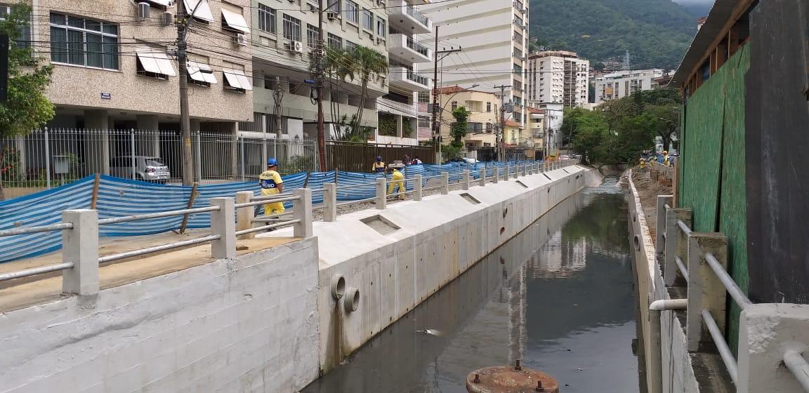 Reconstrução de trecho da calha do Rio Maracanã está em fase de conclusão