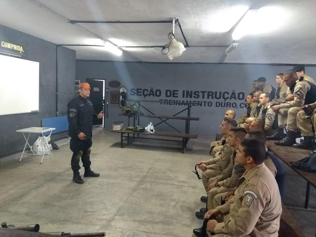 Guardas do GOE participam de instrução para socorristas operacionais no BOPE