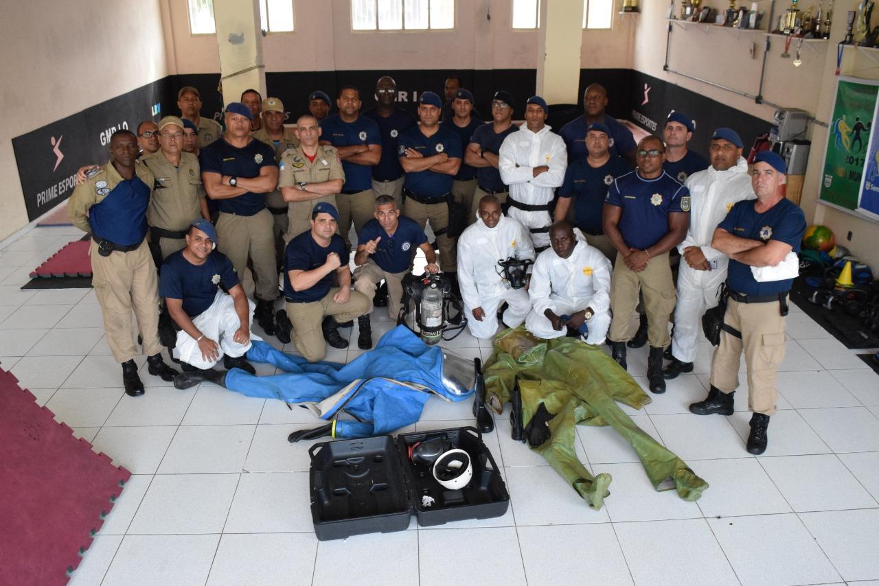 Guardas municipais recebem treinamento sobre produtos perigosos com Corpo de Bombeiros