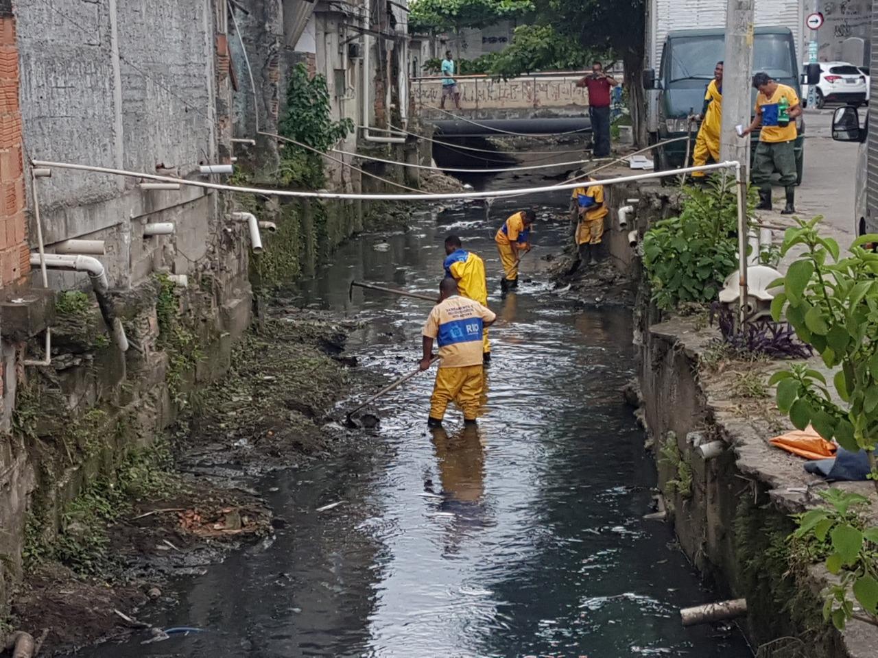 Rio-Águas conclui limpeza no Rio Pavuninha