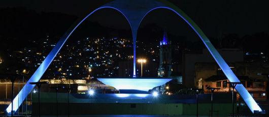 Monumentos do Rio ganham iluminação azul em homenagem ao dia internacional da pessoa com deficiência