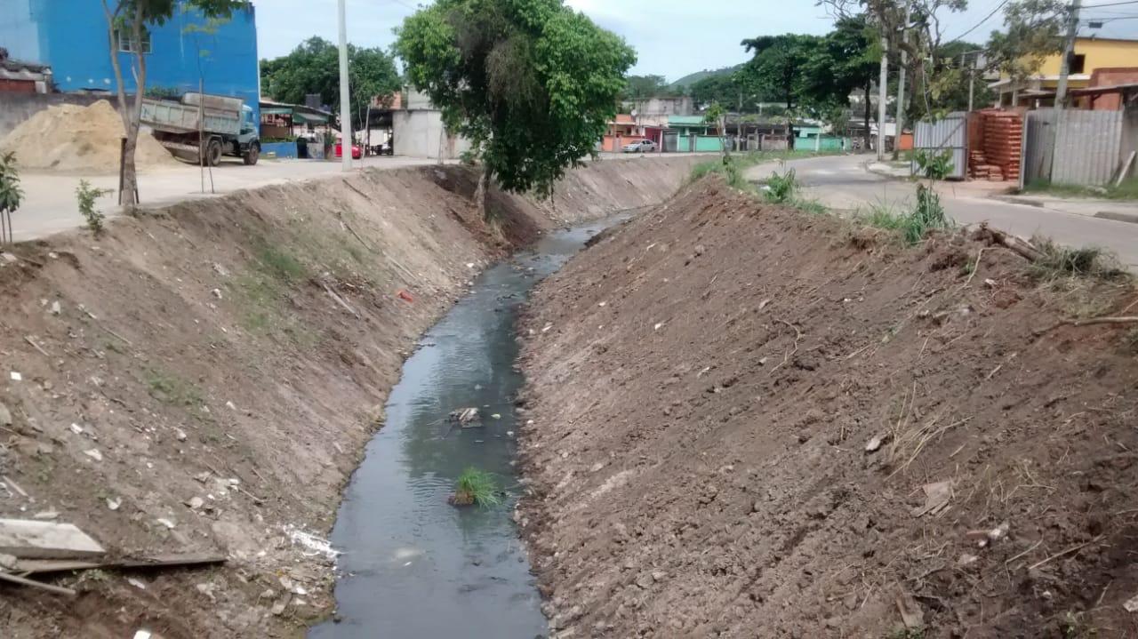 Rio-Águas conclui limpeza do Rio Agai, em Paciência