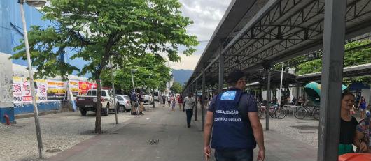 Calçadão de Bangu: ambulantes são convocados para definição de vagas