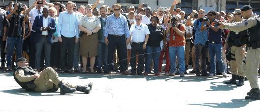 Guarda Municipal recebe mil pistolas de eletrochoque
