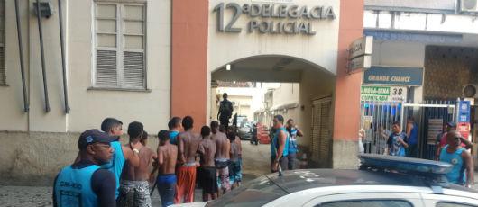 Oito pessoas são detidas por roubo pela Guarda Municipal em Copacabana