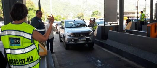 Prefeitura volta a suspender cobrança de pedágio na Linha Amarela