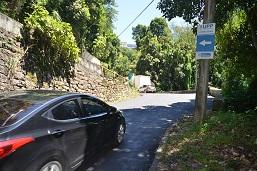 Prefeitura asfalta rua no Cosme Velho e melhora acesso de ambulâncias a hospital