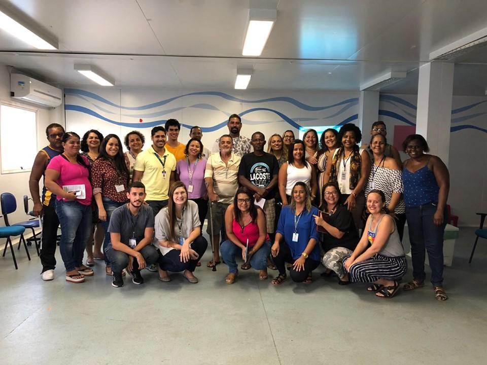 Equipe do programa Territórios Sociais reúne-se com líderes comunitários de favelas