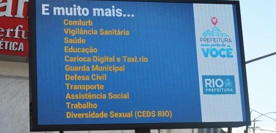 Prefeitura do Rio leva serviço contra LGBTfobia e prevenção às DSTs para o calçadão de Campo Grande