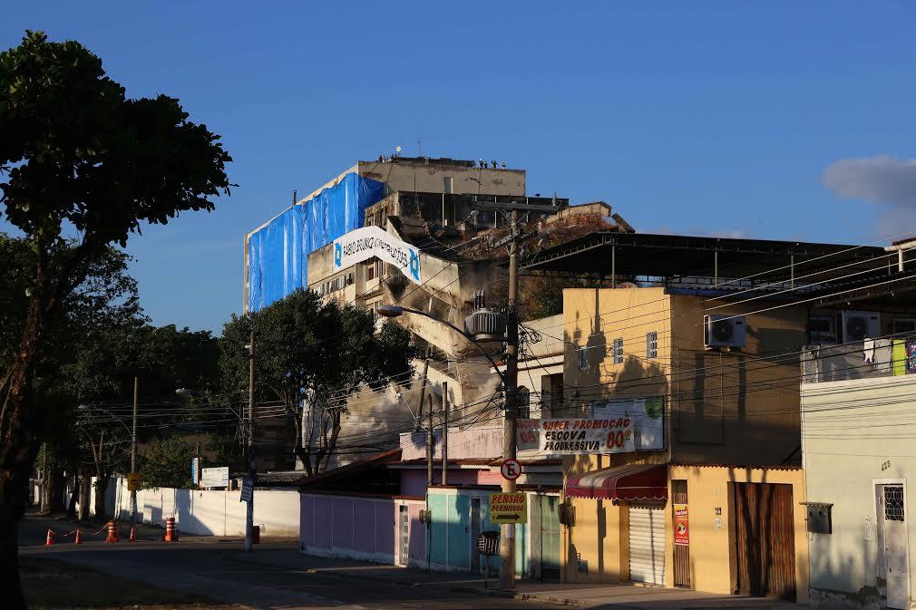 O prédio veio abaixo às 07:15 deste domingo (15/05)   Foto Prefeitura do Rio de Janeiro